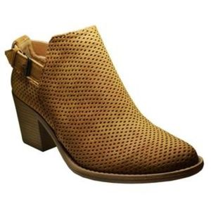 Shoes - Perforated Bootie
